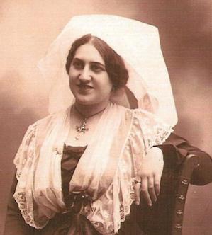 Hommage à la reine du Felibrige Marguerite Priolo
